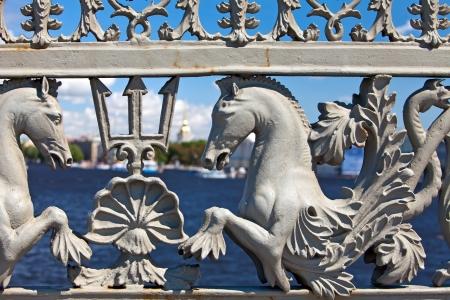 luitenant: Rusland. Petersburg. Oude rooster van luitenant Schmidt Bridge