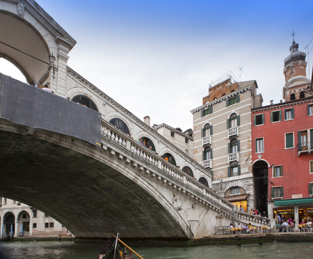 rialto: Rialto Bridge in Venice, Italy