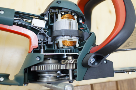 sharpened: the eccentric grinder in a section, internal details are visible
