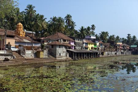 India. Gokarna. the sacred reservoir Imagens