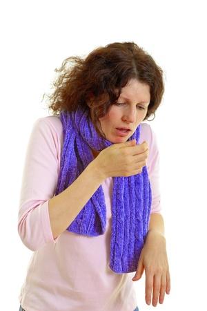 tosiendo: Mujer joven con el pelo marr�n tiene una gripe