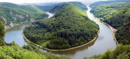 copse: View of a river Saar with Saarschleife  by city Orscholz, Saarland  Germany, summer, panoramic Stock Photo