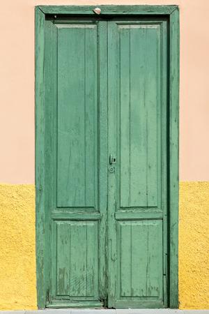 Old historic wooden door in Puerto de la Cruz, Tenerife, Canary Islands, Spain Standard-Bild