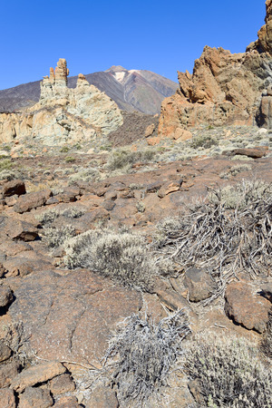 nacional: Rock formations in Parque Nacional del Teide, in the back Pico del Teide, Tenerife, Canary Islands, Spain.