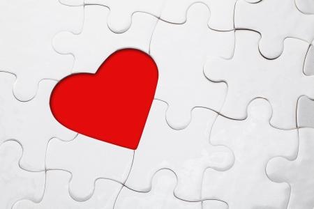 Rot Glänzend Mit Herz Puzzle Stück Fehlt Lizenzfreie Fotos, Bilder ...