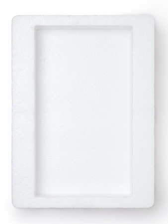 reciclar: Espuma de poliestireno vac�o aislado en el fondo blanco