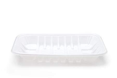 kunststoff: Leere Plastikschale isoliert auf weißem Hintergrund