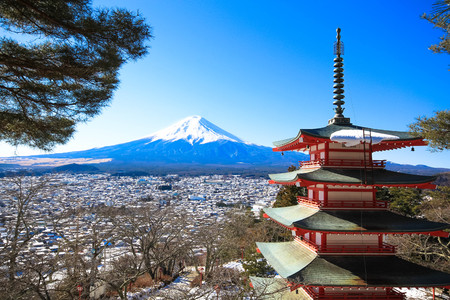 fuji san: Pagoda and Mt.Fuji, Kawaguchiko, Japan Stock Photo