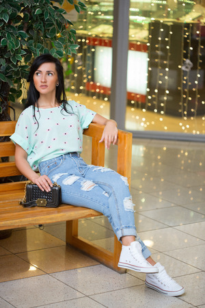 girl in short shert the mall.
