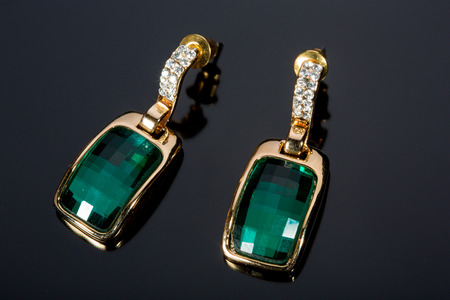 Pear Diamonds green Earrings photo