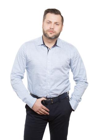 genitali: maschio adulto con la barba. isolato su sfondo bianco.