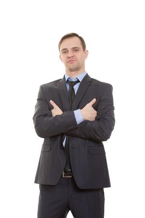 desprecio: lenguaje corporal. hombre en traje de negocios aislados sobre fondo blanco. gestos de brazos y manos. la postura de superioridad. pulgares énfasis