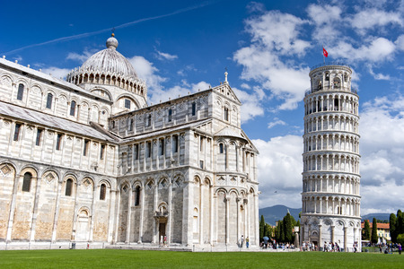 miracoli: Piazza dei Miracoli with the Leaning Tower of Pisa, Italy