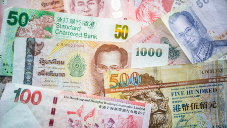 one hundred euro banknote: International currencies Stock Photo