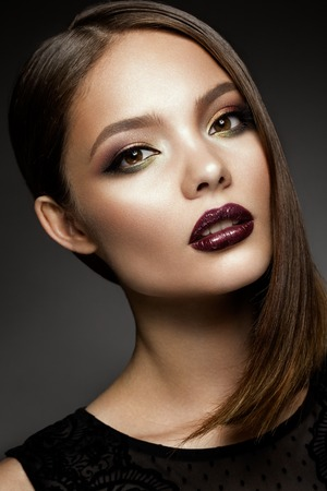 Beautyful girl with bright make up Banco de Imagens