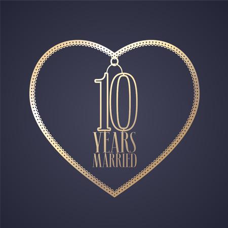 10 jaar jubileum van getrouwd zijn vector pictogram, logo. Grafisch ontwerpelement met gouden kleurenhart voor decoratie voor 10de verjaardagshuwelijk