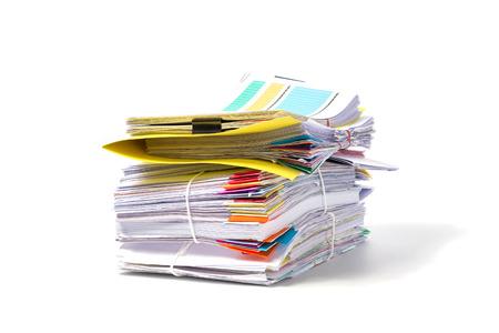 흰 배경에 고립 된 문서의 스택 스톡 콘텐츠