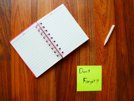 Don't forget post with note book on top view