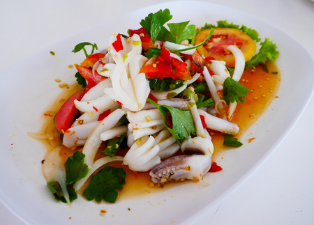 Thai seafood salad is hot and spicy 免版税图像