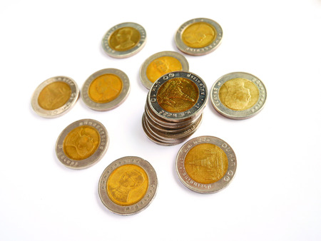 10 baht thai coin isolated on white background with selective focus 免版税图像