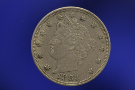 V Nickel Liberty Head 1883 on Blue Background Banco de Imagens