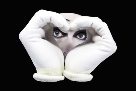 pantomima: Coraz�n y los ojos de mimo sobre un fondo negro Foto de archivo