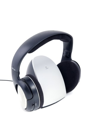 Hi-fi wireless headphones isolated on white ���������� Stock Photo - 7215498