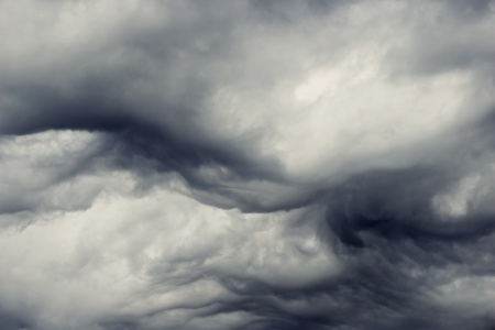 heavy gale black stormy clouds Stock Photo - 9894743