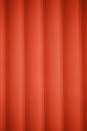 peinture rouge: Texture de mur en bois peint avec de la peinture rouge