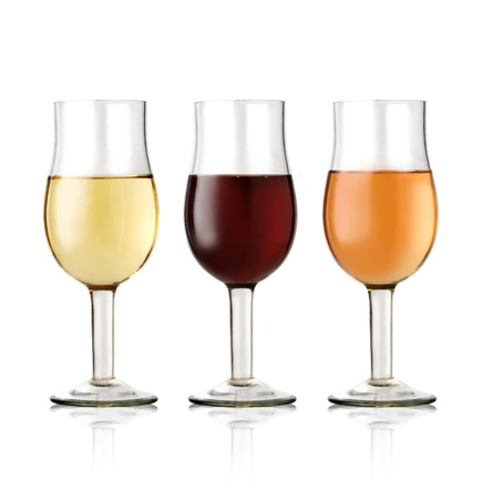 aligote: 3G lass of red and white wine on a white background  Stock Photo