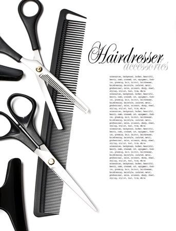 stilist: Makas ve beyaz izole saçlar için tarak