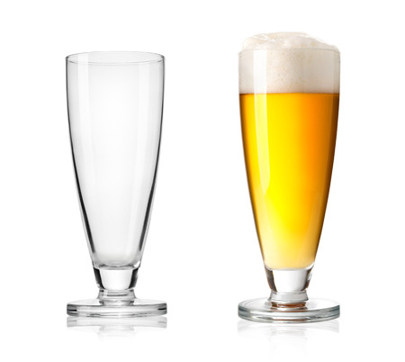 un bottled: Glass of beer isolated on a white background