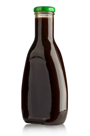 tomato catsup: barbecue sauces in glass bottles with clipping path