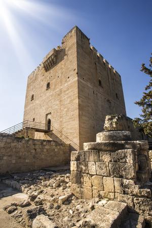 ch�teau m�di�val: Le ch�teau m�di�val de Kolossi. Il est situ� dans le sud de Chypre, � Limassol. Banque d'images