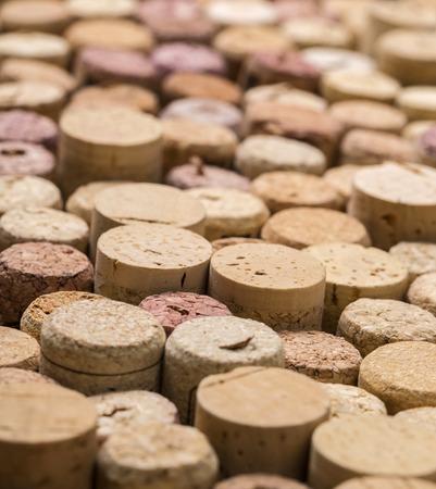 corcho: Corchos del vino de primer plano con el desenfoque