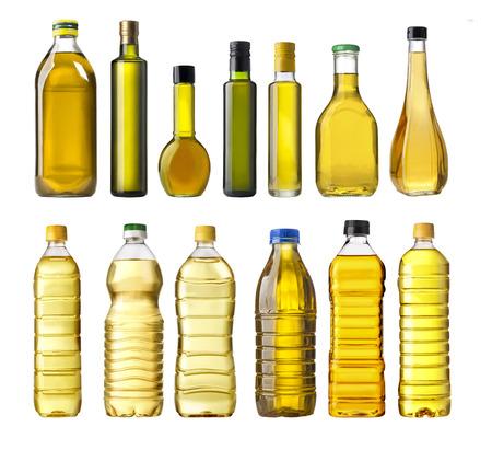 aceite de cocina: Botellas de aceite de oliva aislados en blanco