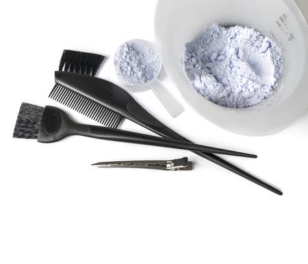 tinte de cabello: kit de tinte para el cabello con fondo blanco