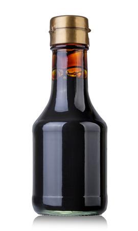 Sojasauce Flasche isoliert auf weiß Standard-Bild - 43525470