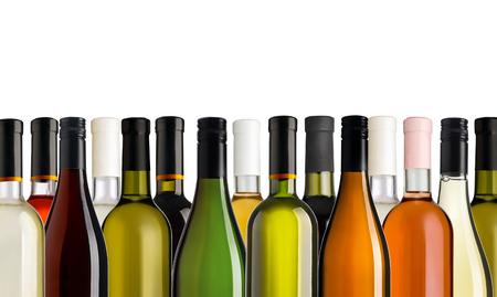 흰색 배경 앞에 일부 와인 병