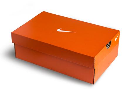 nike: Mallorca, Spain -Mai 10, 2016: Red Nike shoes box isolated on white background