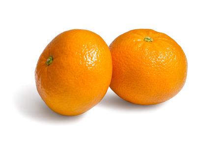 Frische ökologische Clementinen auf weißem Hintergrund mit Clipping-Pfad Standard-Bild - 60030267