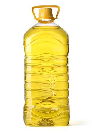 botella de plastico: bottle oil plastic big on white background Foto de archivo
