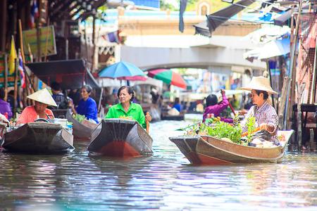 saduak: Famous Floating Market in Thailand  Damnoen Saduak near Bangkok