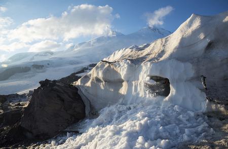 crampon: Mountain Avalanche Education, Elbrus, Great Caucasus
