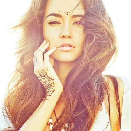 自由奔放な美女のアウトドア ファッション写真 写真素材