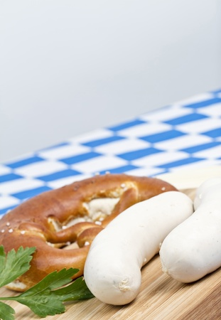 weisswurst: Weisswurst mit Breze und Petersilie Stock Photo