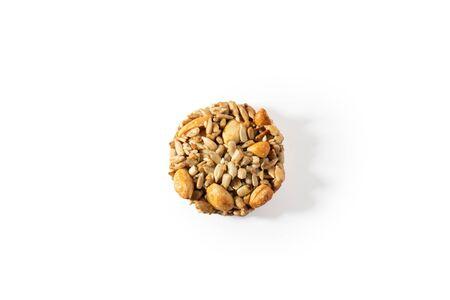 Sweet cookies, natural nuts and caramel. Zdjęcie Seryjne - 130954609