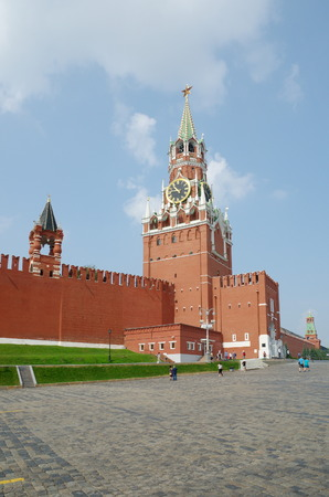 spasskaya: Moscow, Russia - July 27, 2016: Spasskaya tower of the Moscow Kremlin on the red square