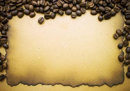 Koffie op oude papier achtergrond