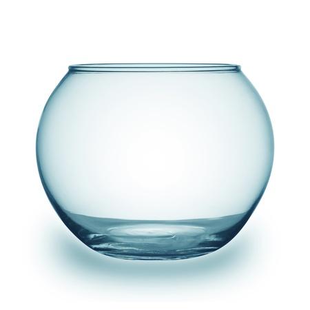 bol vide: Gros plan sur un bol de poisson isol� sur blanc Banque d'images